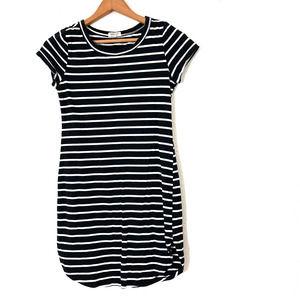 HEART & HIPS Black & White Striped Dress